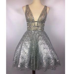 Beautiful Prom/Wedding/Special Event Dress